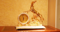 luxury decoration antique Gold 24K style horse table clock
