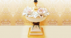 Imperial table lamp bouquet of flowers
