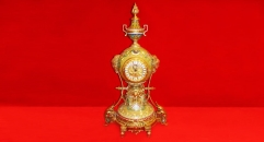 double beauty trophy with 24K gold plated table clock (import, crack)