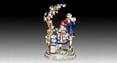 kiss lovers (porcelain art)