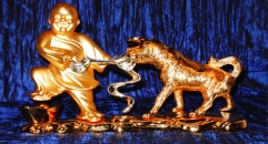 Luxury golden 24K home decor metal craft child and dog decoration , European-style home accessories vintage ornaments