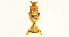 Exquisite golden 24K home decor metal craft trophy decoration , European-style home accessories vintage ornaments