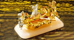 Luxury Golden 24k home decor metal craft ashtray, Cigarette and Cigar smoking portable holder