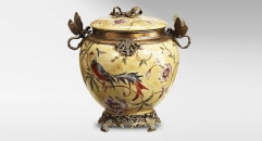 Antique Crack Pattern Dragonfly Decorative Jar Luxury Art Canister