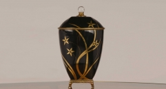 antique imitation black porcelain and golden copper jar, unisex flowers ceramic and enamel display good