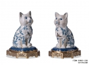 European Style Porcelain Cat Bookend Refined Cute Books Holder Copper Base Luxury Art Ornament