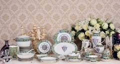 69 pieces Exquisite green edge, antique royal design tea set classical ceramic cofee and tea set ,royal dining set