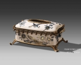 European Style Luxury Porcelain and Brass Crackle Decorative Tissue Box Cover Case Art Ornament