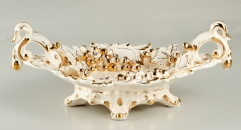 classical workmanship royal ivory porcelain style tray, handmade irregular plate, golden grapes decoration fruit plate