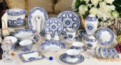 69 pieces Medusa blue and white porcelain dinner set, famous royal design classical ceramic dinnerware set